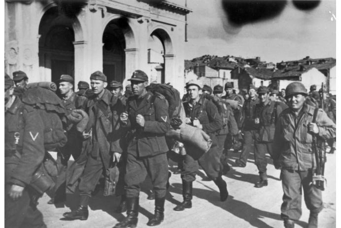 German soldiers surrender in droves to the 442nd
