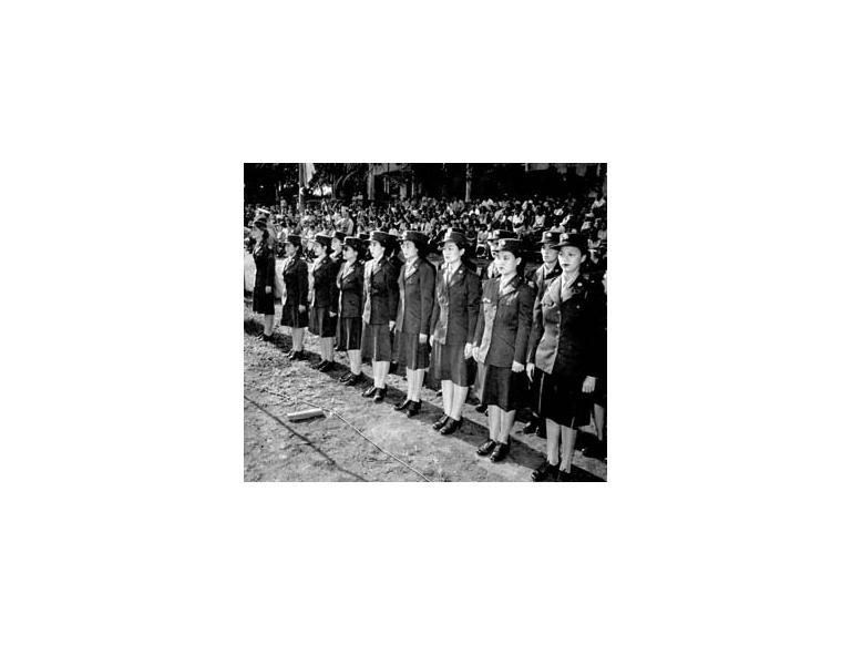 Nisei women join the Army